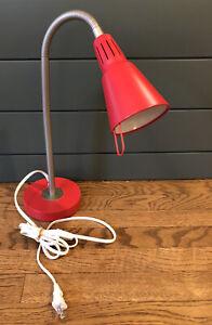 IKEA Discontinued Red KVART GOOSE NECK DESK LAMP, Modern