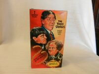 The Three Stooges - Sing a Song of Six Pants/Malice in the Palace (VHS, 2000)
