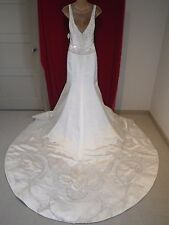 NWT Designer Reem Acra Silk Satin Embroider Crystal Wedding dress 4 6 8 10 $6900