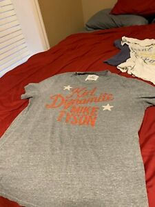"""Mike Tyson Roots of Fight """"Kid Dynamite"""" Under Armour T-shirt L RARE!"""