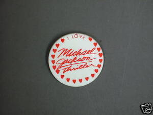RARE VINTAGE I love Michael Jackson thriller BUTTON pin (red) CONDITION NEW 1982