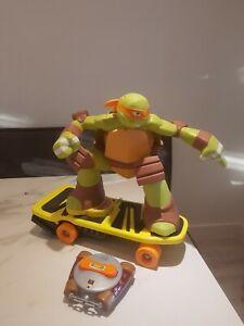 Teenage Mutant Ninja / Hero Turtles Skateboarding Remote Controlled Michelangelo