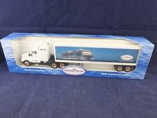 Welly Die Cast Model Camion Freightliner with Brittany Ferries Container.