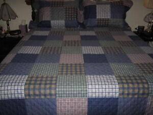 GLORY HOME DESIGNS Patchwork Reversible Quilt Set w/Pillow Shams, Blue - King