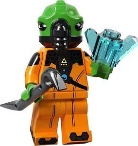 LEGO - Series 21 Collectible Minifigures 71029 - #11 ALIEN - Pug,Bee