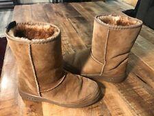 Uggs Short Winter Boots Women's 7 Tan Very Nice