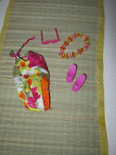 5 Sea accessories:swimsuit,slippers,necklace,sunglasses and  mat for Barbie
