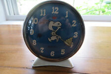 Old 1958 United Features Snoopy alarm clock, Equity, metal, calendar