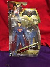 BATMAN vs SUPERMAN FIGURE - PHANTOM ZONE SUPERMAN