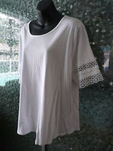 Size XL Women's White Tee T-shirt With Lace Sleeves Plus Size Lane Bryant Torrid