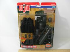 NEW! GI JOE URBAN SWAT SUIT GEAR WEAPONS AUTHENTIC DETAIL HASBRO 2001 FREE SHIP