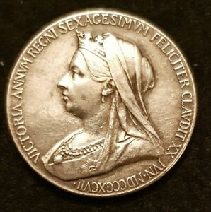 1837-1897 VICTORIA DIAMOND JUBILEE SILVER MEDAL BY DE SAULLES HIGH GRADE  25 mm