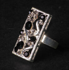 Black & Clear Diamante Swirl /one Size Fits All Chrome Hand Ring(Zx191)