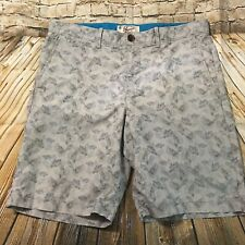 Penguin Munsingwear Mens Size 34 X 10 Gray Leaf Print Flat Front Shorts