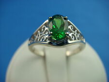 14K WHITE GOLD OVAL TSAVORITE-GREEN GARNET LADIES FILIGREE SOLITAIRE RING,SIZE 7