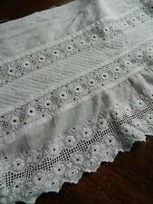 "Antique white cotton flounce - Swiss embroidery lace 11"" x 56"""