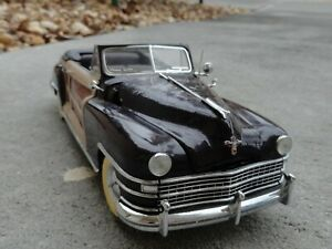 Danbury Mint 1948 Chrysler Town & Country Convertible Die cast Model @ 9 inches