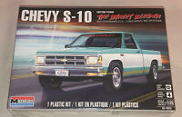 Monogram Chevy S-10 Custom Pickup 1:25 scale model car kit 4503