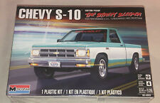 Monogram Chevy S-10 Custom Pickup 1:25 scale model car kit 4503
