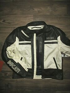 Ducati Motorcycle Leather Jacket XXL Padded