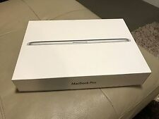 "Macbook PRO 15.4"" Retina 2013 , 500 GB Flash storage , 16GB RAM , Excellent cond"