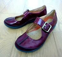 Clarks Unstructured Ladies Mary Jane Red Patent Leather Buckle Shoes UK 5.5 D