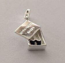 BEAUTIFUL SILVER BOX WITH SHOES SHOWING INSIDE CLIP ON CHARM - 925 SILVER PLATE