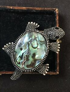 Vintage Style Jewellery Art Deco Mother of pearl Turtle Brooch