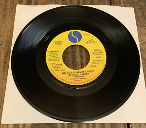 Ramones - Do You Remember Rock 'N' Roll Radio? Promo 45 Record