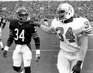 WALTER PAYTON & EARL CAMPBELL 8X10 PHOTO BEARS OILERS PICTURE NFL FOOTBALL