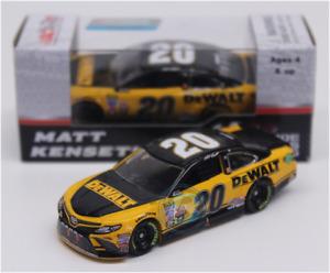 NASCAR 2017 MATT KENSETH #20 DEWALT LAST RIDE RACED VERSION 1/64 CAR