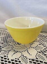Vintage Pyrex #401 Bright Yellow 1.5 Pt Small Nesting Mixing Bowl USA