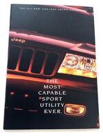 1999 Jeep Grand Cherokee 30-page BIG Original Sales Brochure Catalog Book