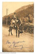 Valet de ferme sur son cheval . Chien . Farmer on his horse . Dog . Agriculture