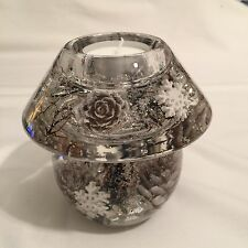 GLASS CANDLE HOLDER WITH FLORAL DESIGN.(white christmas)