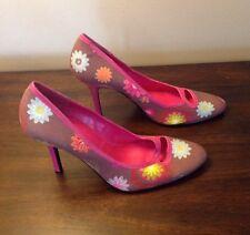 Nine West Fabric Leather Rainbow Flower High Heel Shoes Heels Size 8 1/2 M