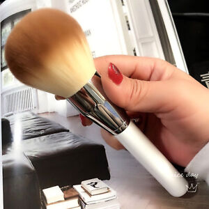 Super large soft and comfortable  powder brush
