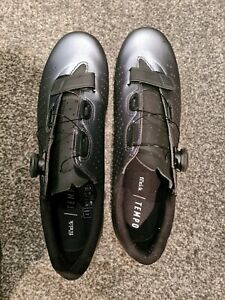 Fizik Overcurve R5 very good condition EU 46 UK 11 and 1/4