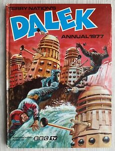 Vintage Original Terry Nation's Dalek annual 1977 unclipped.