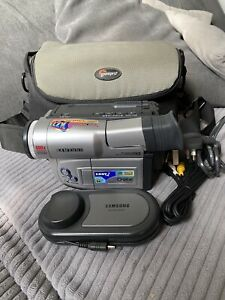 Samsung VP-L800U 8mm Camcorder Video Camera mains tested With Lowepro Carry Case