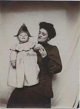 Mère avec son enfant France Vintage citrate snapshot ca 1900