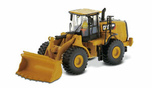 Diecast Masters 85948 Cat 966M Wheel Loader 1/87 Scale Model