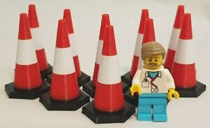 1:19th scale Traffic Cones (10 pack) Black base, Red/White top. 49mm tall (SM32)
