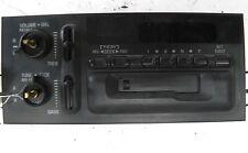 1995-2002 GM DEALER TAKE OUT OEM RADIO DASH UNIT # 16194545 NO KNOBS WORKS!