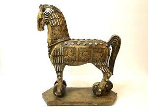 The Legendary Trojan Horse Sculpture