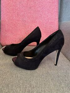 Carvela Black Suede Leather Court Peep Toe Size 6