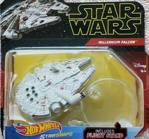 Hot Wheels Star Wars Millennium Falcon Die-Cast with Stand Starships