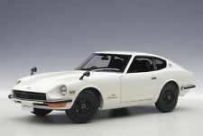 77438 Nissan Fairlady Z432 Bianco 1969 1 18 Autoart