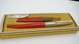 GORGEOS PARKER 45 CLIPIT SET, MATADOR RED, IN BOX, STEEL MEDIUM NIB, MADE IN USA