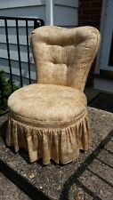 Vintage French Provincial Tufted tan/brown Heart Shaped Chair Hollywood Regency